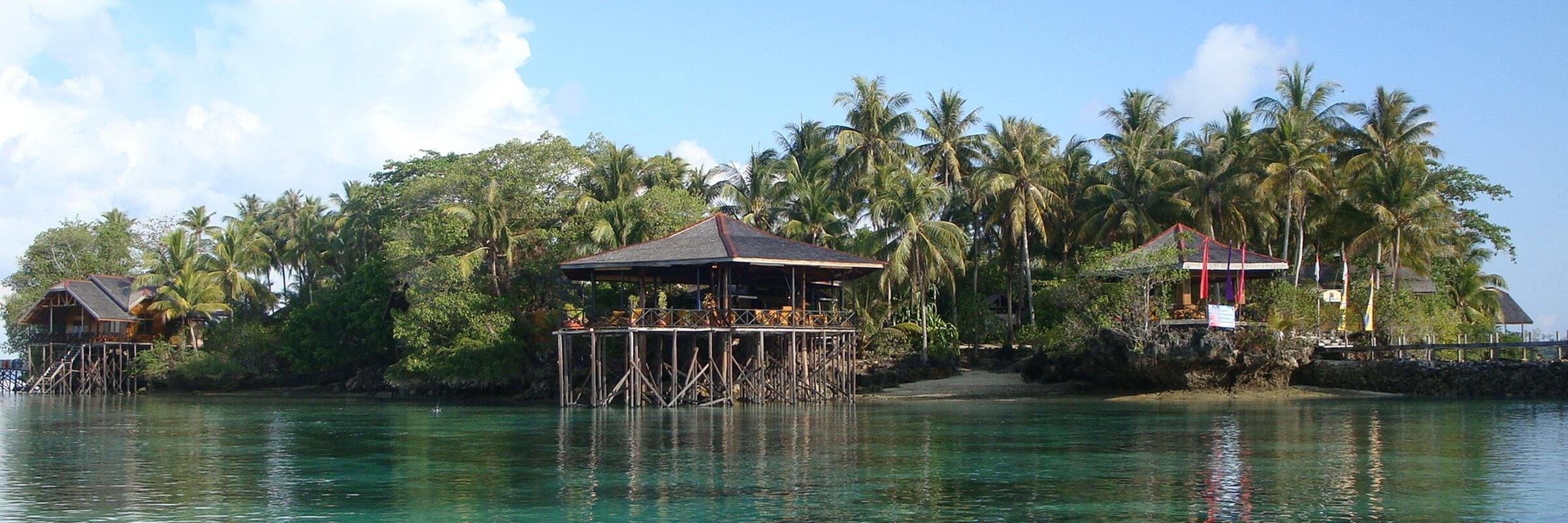Das Nabucco Island Resort befindet sich fernab der Touristenströme im nordöstlichen Teil des Maratua Atolls an der Ostküste von Kalimantan.