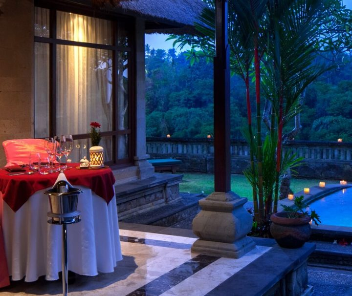 Im Pita Maha Resort & Spa ist man gerne bereit Ihnen bei der Planung eines romantischen Dinners zu helfen.