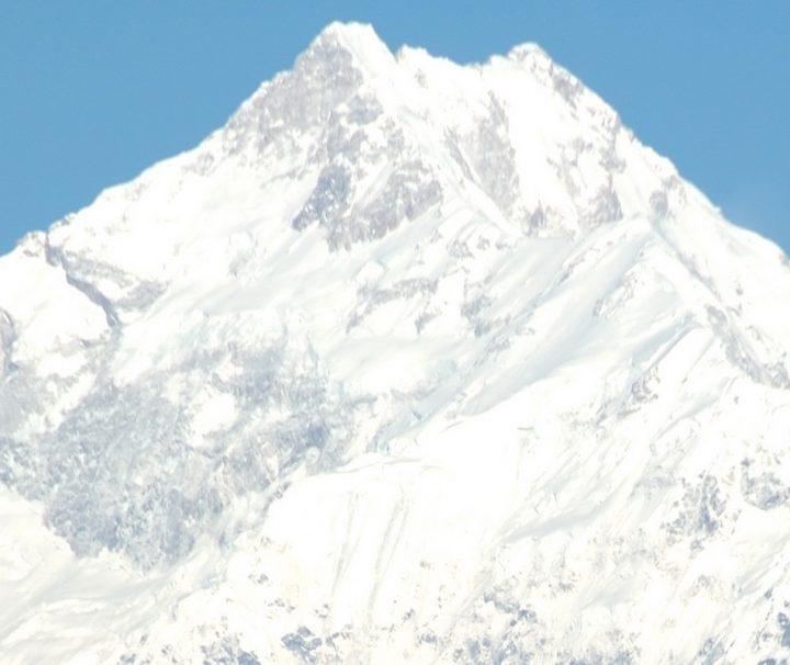 Der Kangchendzönga misst 8586 m und ist der dritthöchste Berg der Welt.