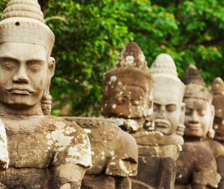 Die eindrucksvolle Tempelanlage von Bayon wurde als Haupttempel für Angkor Thom errichtet.