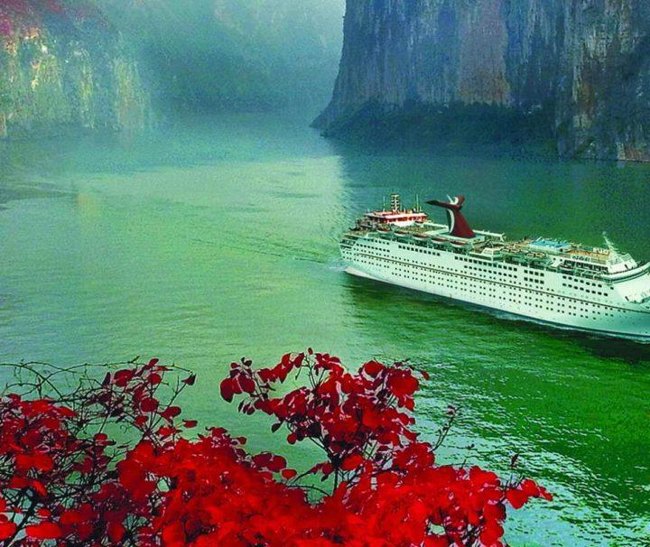 Der Yangtze, kurz für Yangtzekiang, ist mit 6.380 km der längste Fluss Asiens und der drittlängste Strom der Welt,