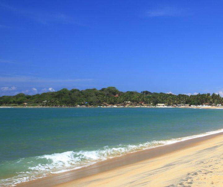 Auf der lang gestreckten Halbiinsel, auf der Trincomalee gelegen ist, gibt es traumhaft schöne Sandstrände.