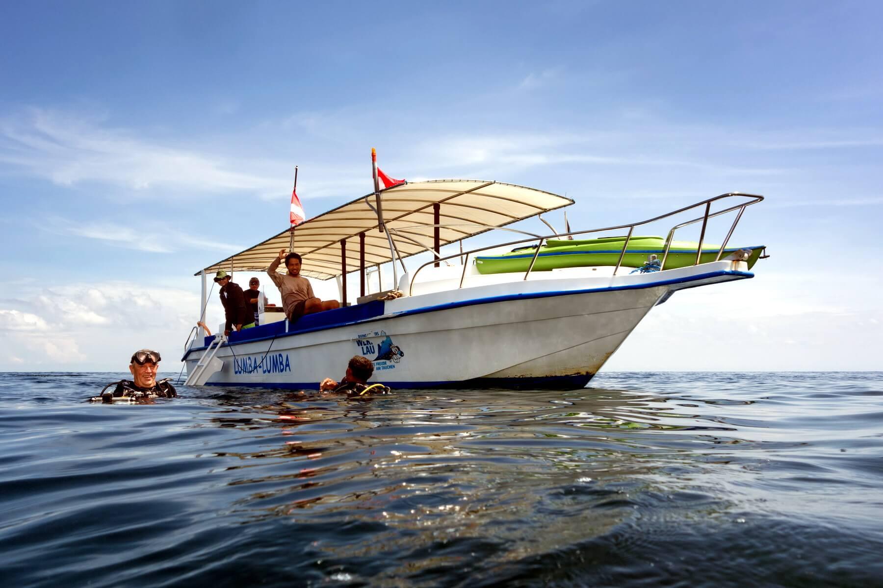 Neben dem Hausriff, das direkt am Resort gelegen ist, sind weitere sehr gute Tauchplätze in nur ca. 10 Minuten mit dem Auslegerboot zu erreichen.