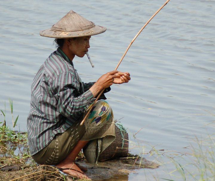 Der Irrawaddy oder auch Ayeyarwady genannt ist die Lebensader Myanmars und zieht viele Fischer an