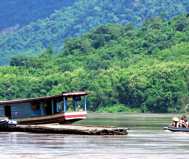 Die Kamu Eco Lodge bietet auch Bootsausflüge auf dem Mekong an